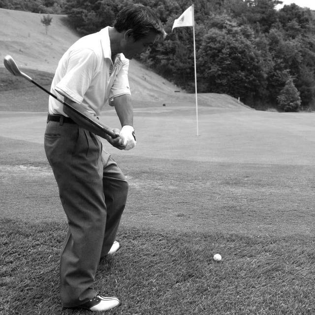 画像1: 【通勤GD】高松志門・奥田靖己の一行レッスンVol.43 アプローチの打ち方を磨く練習法 ゴルフダイジェストWEB