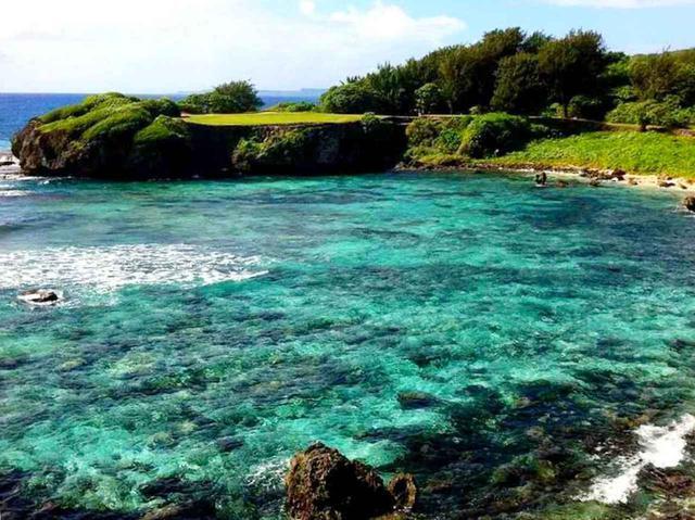 画像: マンギラオ名物の海越えPAR3