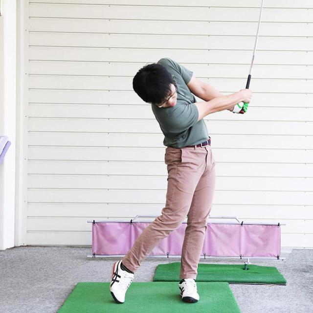 画像3: ボールを見る意識が強いとヘッドが走らない