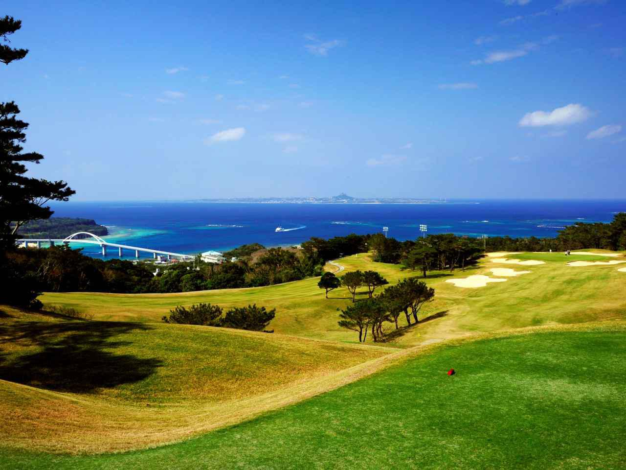 画像: 全ホールから海が見えるベルビーチゴルフクラブ