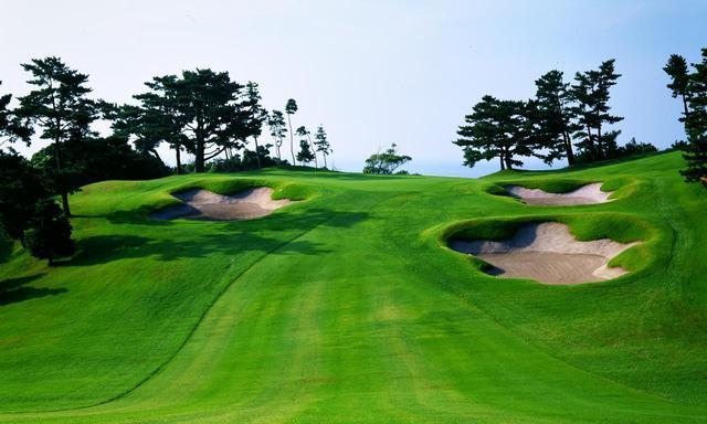 画像: 【いぶすきゴルフクラブ】2019年日本プロ選手権開催。名匠・井上誠一が造った鹿児島屈指のトーナメントコースを支えるグリーンキーパーにインタビュー - ゴルフへ行こうWEB by ゴルフダイジェスト