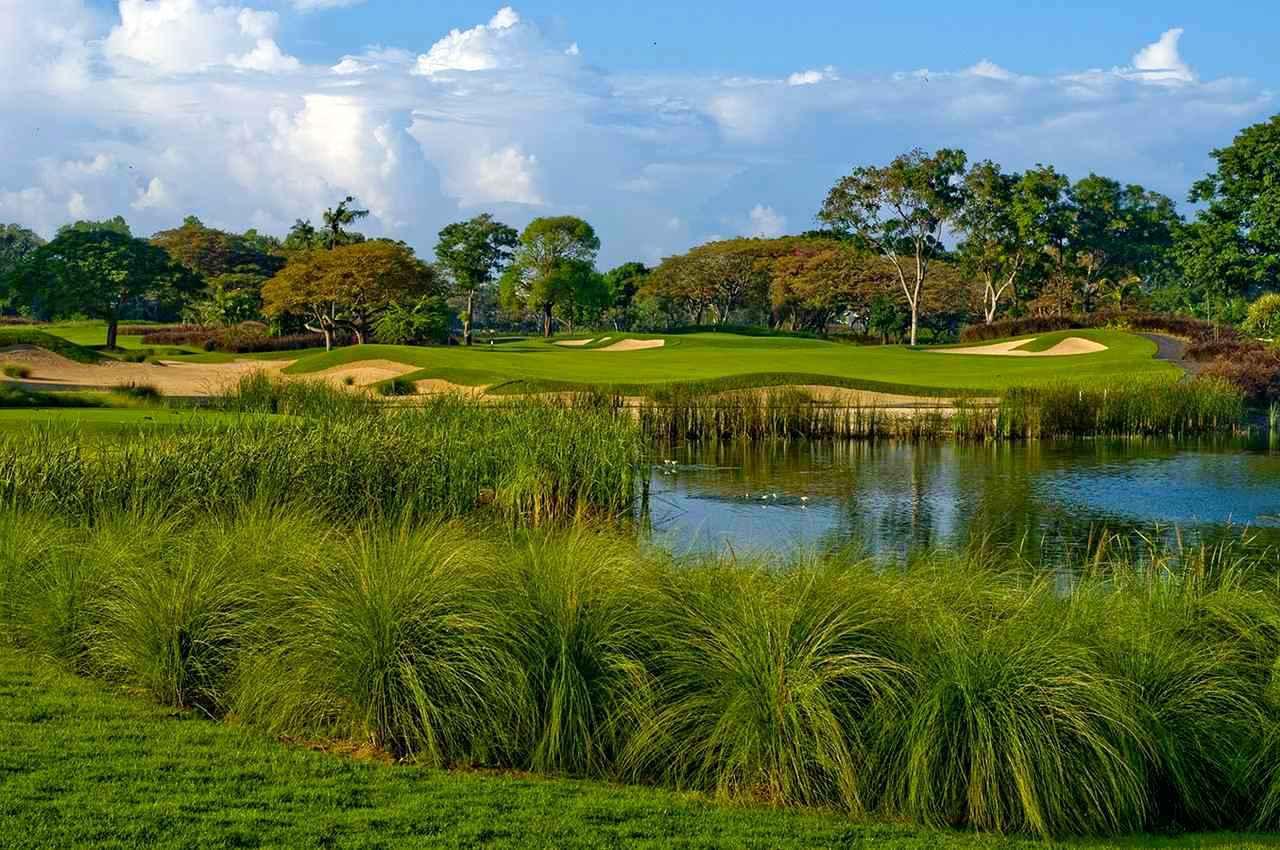 画像1: バリ・ナショナルゴルフ