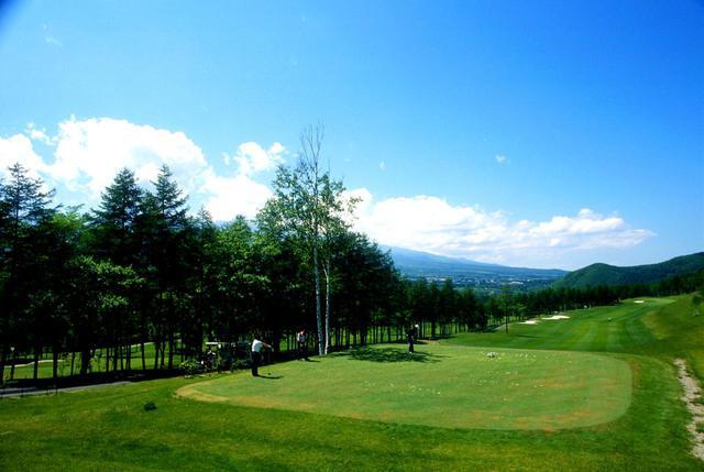 画像: シャトレーゼCC野辺山 高原ゴルフでワンクラブ上の飛びを体験
