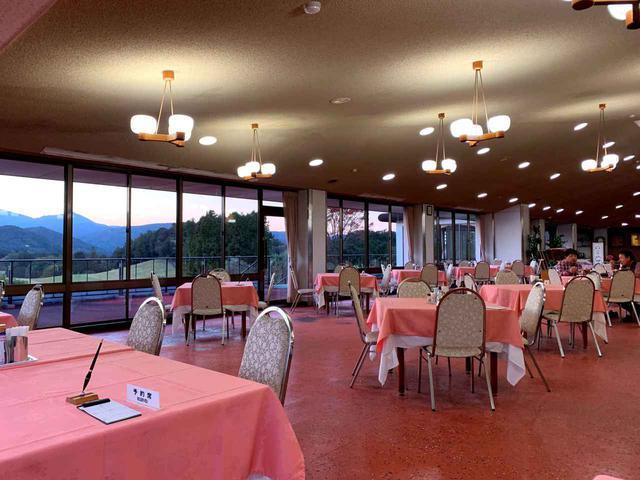 画像: 2階レストラン
