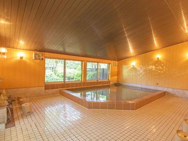 画像: 男性用浴室