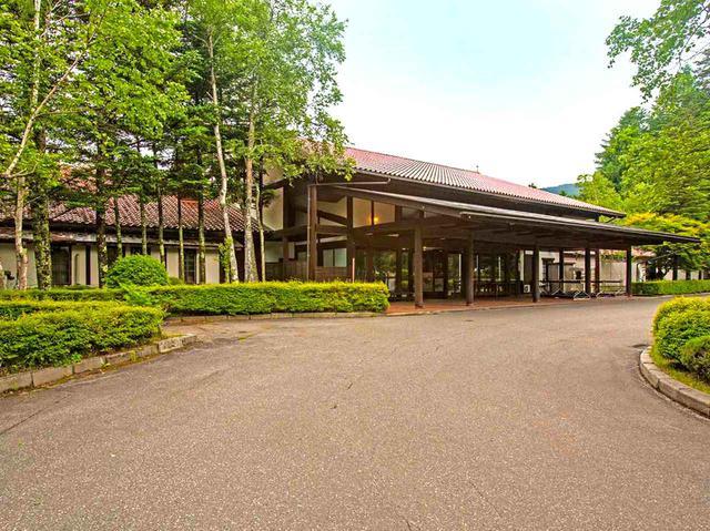 画像: 蓼科東急ゴルフコースのクラブハウス玄関