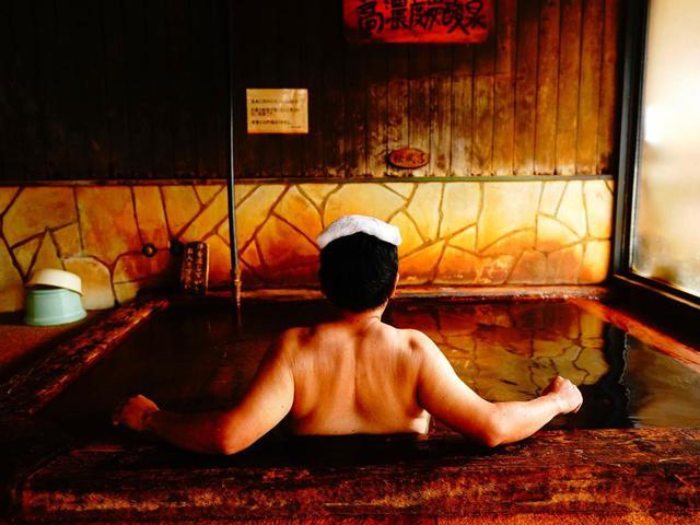 画像: 最終日のプレーの後は、宮崎屈指の名湯「サイダー泉」へ