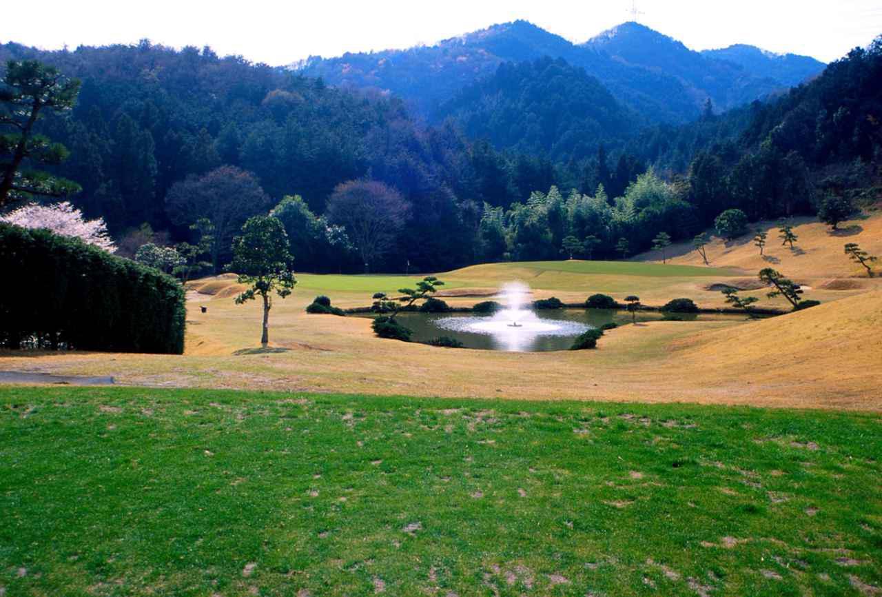 画像: 奥武蔵の自然に囲まれたJゴルフ鶴ヶ島