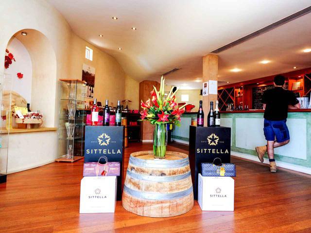 画像: 西オーストラリア州産のワインはお土産にも人気