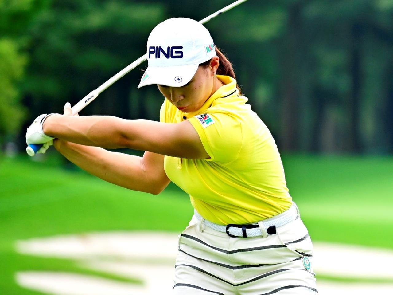 画像: 【渋野日向子】振ったほうが曲がらないを証明した、迷いなく「振るスウィング!」 - ゴルフへ行こうWEB by ゴルフダイジェスト