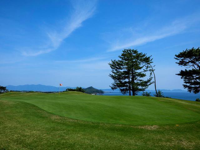 画像: 【鹿児島・指宿】あったか南国、薩摩へゴルフ旅行。いぶすきゴルフクラブ&砂蒸し風呂、露天風呂で温泉づくし - ゴルフへ行こうWEB by ゴルフダイジェスト