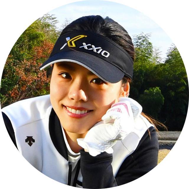 画像: 坪井保菜美さん つぼいほなみ。1989年生まれ。岐阜県出身。2008年、北京オリンピック新体操「フェアリージャパン」で活躍。現在、都内の祐天寺で新体操スクール「シルク」、笹塚でヨガスクール「T's Fit」を展開中。ゴルフは本格的に取り組んだ時期があり、今回、飛距離アップに挑戦