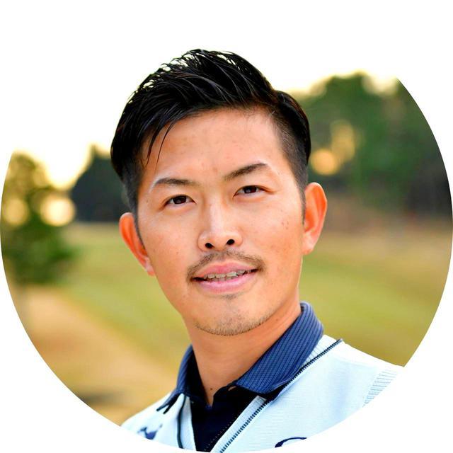 """画像: 【解説】大西翔太 おおにししょうた。1992年生まれ千葉県出身。青木瀬令奈のコーチ兼キャディ。""""おばさまキラー""""の地位の確立を目指し、日々研究を重ねる"""