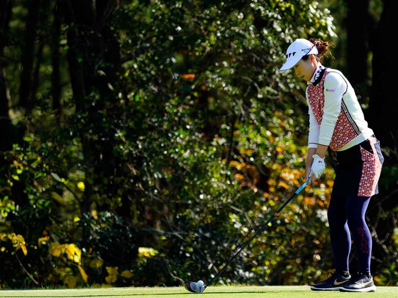 """画像55: 【プレショットルーティン調査】女子プロゴルファー上位32人をチェック! 2タイプに分かれた""""アドレスの入り方"""""""