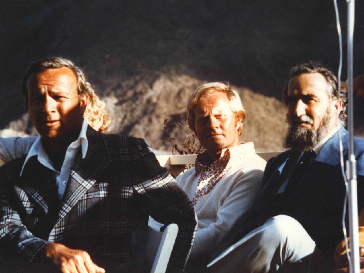 画像: A・パーマー(左)、J・ニクラス(中)と写るミュアヘッド