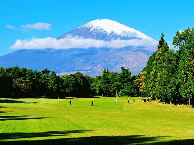 画像: 雄大な富士の姿は圧巻