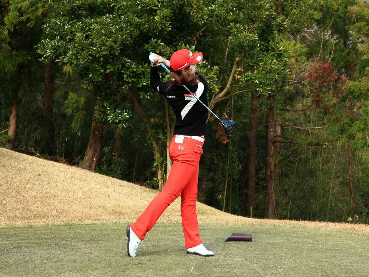 画像9: 【飛距離アップ】日本生まれ中国育ちの美女プロゴルファー、セキ・ユウティン。「私が30ヤードUPした秘密」