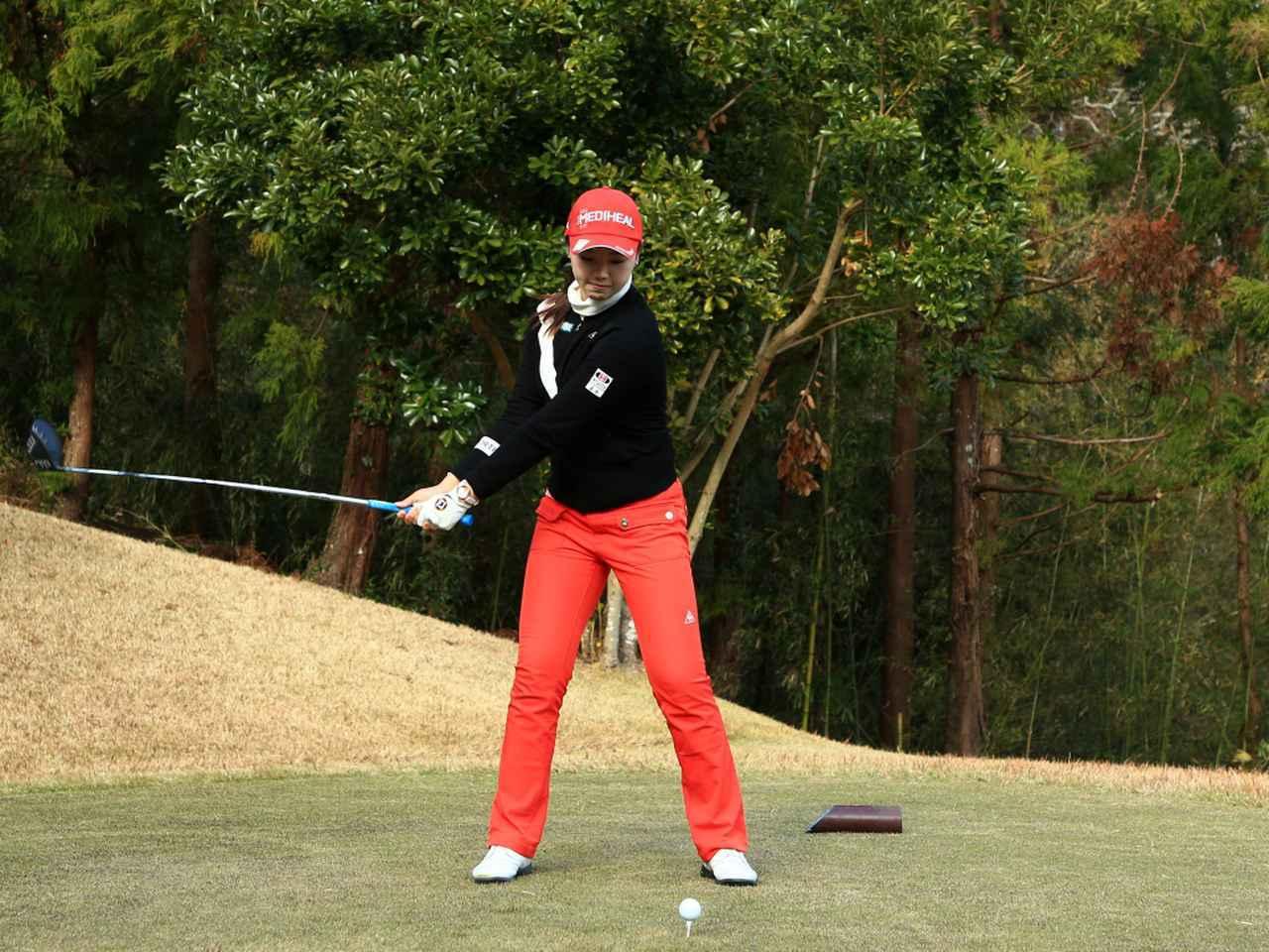 画像2: 【飛距離アップ】日本生まれ中国育ちの美女プロゴルファー、セキ・ユウティン。「私が30ヤードUPした秘密」