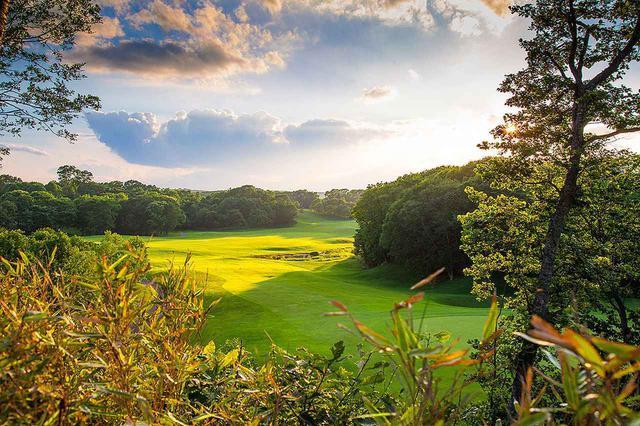 画像: 【それ行け! 北海道】8ホールがクリークと池絡み「北海道ゴルフ倶楽部イーグルコース」。美しさと戦略性のゴルフ場、加藤俊輔設計 - ゴルフへ行こうWEB by ゴルフダイジェスト