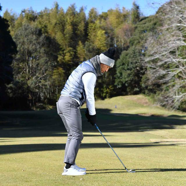画像1: 【冬ゴルフのスコアメーク】今すぐ試したいテクニック「グリーン周り編」。ベストスコアを冬に出す