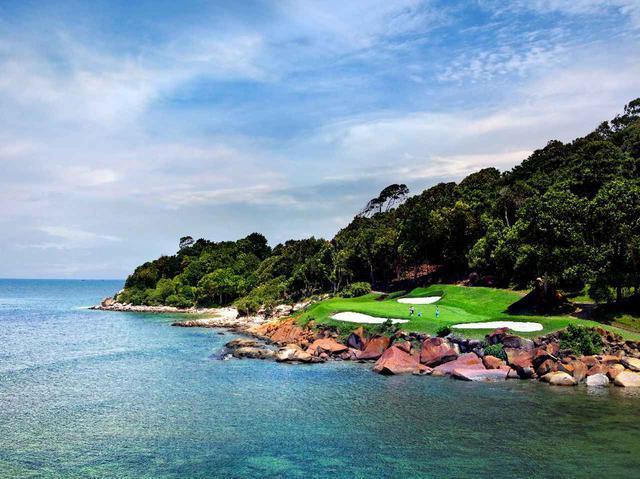 画像1: 【知ってるようで知らなかった】シンガポールは年中常夏のゴルフ天国。異国情緒たっぷりのゴルフ場は、どこも街から20~40分!