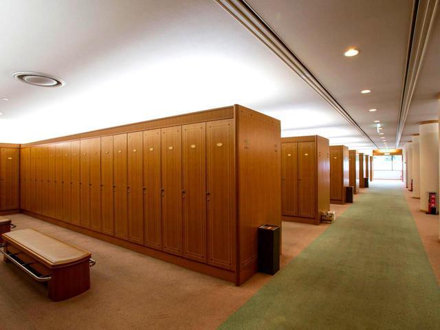画像: ロッカー室。男性450本、女性80本