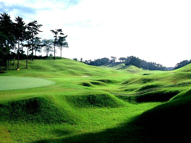 画像: 霞南ゴルフ倶楽部(18H・7078㍎・P72)加藤俊輔設計のコースは一級品