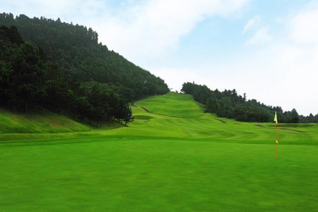 画像: 伝統的なスコットランドのゴルフコースを目指して設計された18ホール