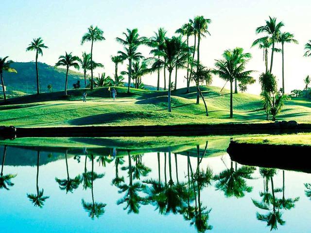 画像: コオリナGCは、米国で「水の魔術師」と称されたテッド・ロビンソン設計の名コース