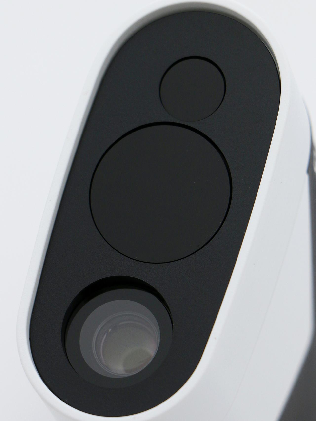 画像: 高機能レンズを搭載。自動ズーム機能のおかげで目標にピントが合いやすい!