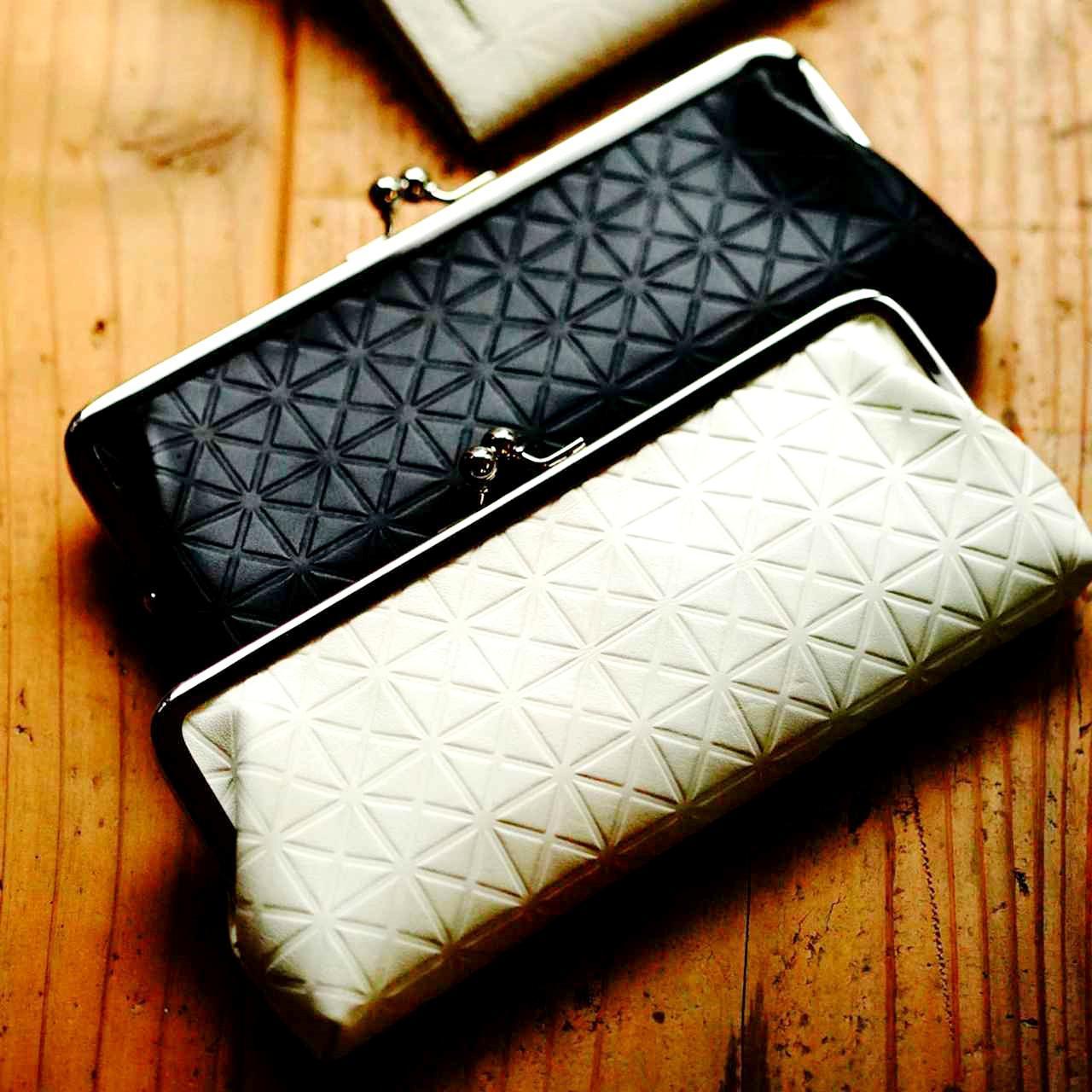 画像: 硝子の江戸切子で見かける矢来紋。江戸文化から生まれた縁起モノの柄。黒と白の2色、マット調の上品な仕上がり