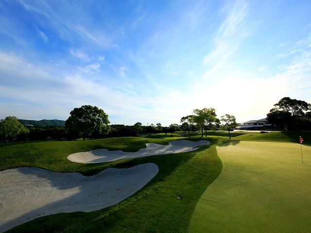 画像2: ゴルフ上達合宿の会場、伊勢志摩シーサイドリゾートNEMU GOLF CLUB