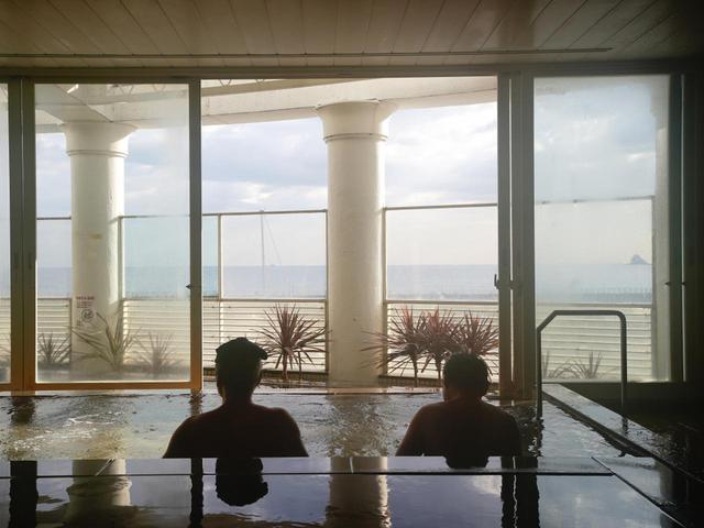 画像: 朝食前に【シーサイドスパ】で天然温泉はいかが? 朝5時から営業。6時から営業のレストランも美味