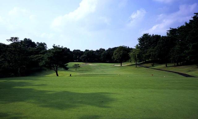 画像: 【高坂カントリークラブ】比企丘陵は砂利混じりの土質、造成は苦労の連続だった。昭和33年開場、その15年後、第1回フジサンケイクラシック開催 - ゴルフへ行こうWEB by ゴルフダイジェスト