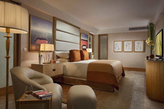 画像: 「ザ・ムリア」ジ・アール・スイート・ビーチフロントビューのベッドルーム