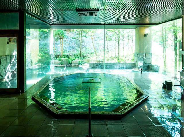 画像: 明神館 露天風呂付大浴場「白龍」