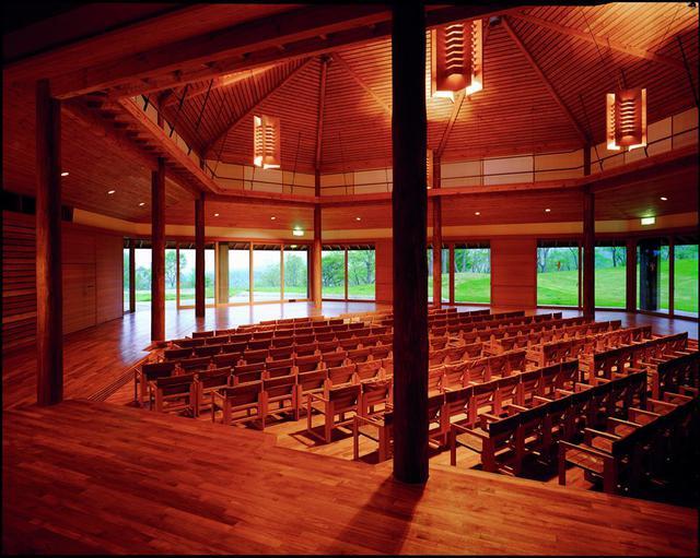 画像3: 木造の温もり、音色、美しい八ヶ岳高原音楽堂(公式Facebookより)
