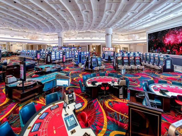 画像: 24時間営業の外国人専用カジノ