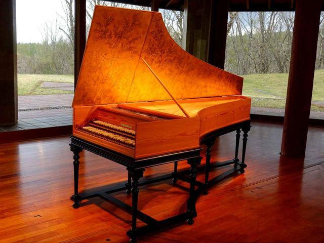 画像2: 木造の温もり、音色、美しい八ヶ岳高原音楽堂(公式Facebookより)