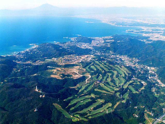 画像: 葉山国際カンツリー倶楽部 湘南・葉山の高台に広がる36ホール、名変料半額キャンペーン
