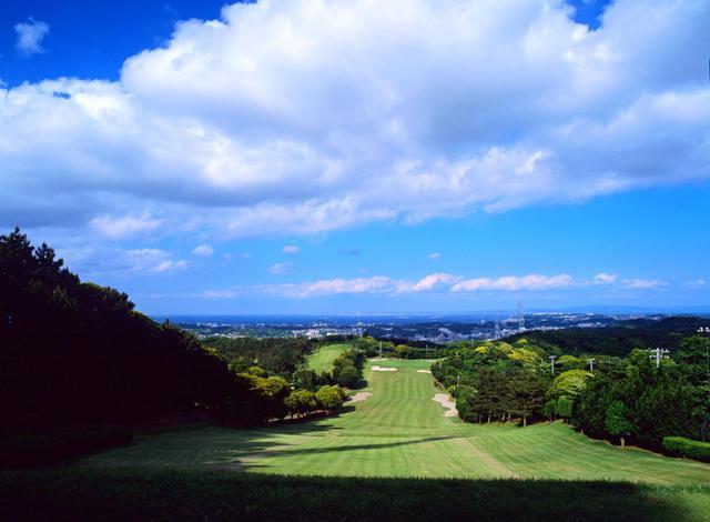 画像: 葉山国際カンツリー倶楽部ダイヤモンドコース4番ホール(427Y・P4)