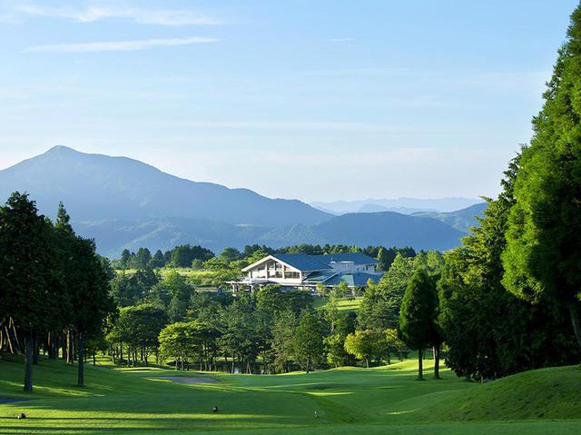 画像: 湯布高原ゴルフクラブ(18H・6750Y・P72)標高800㍍の高原ゴルフ場