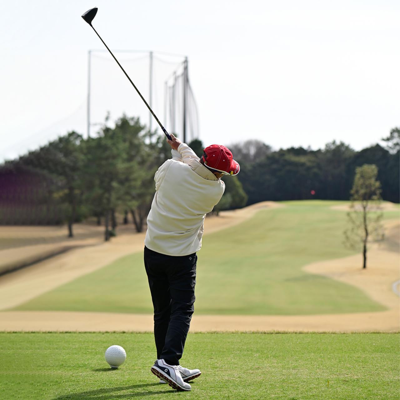 画像: 「意図的に球を曲げられたらゴルフは突然やさしくなります」(佐久間)