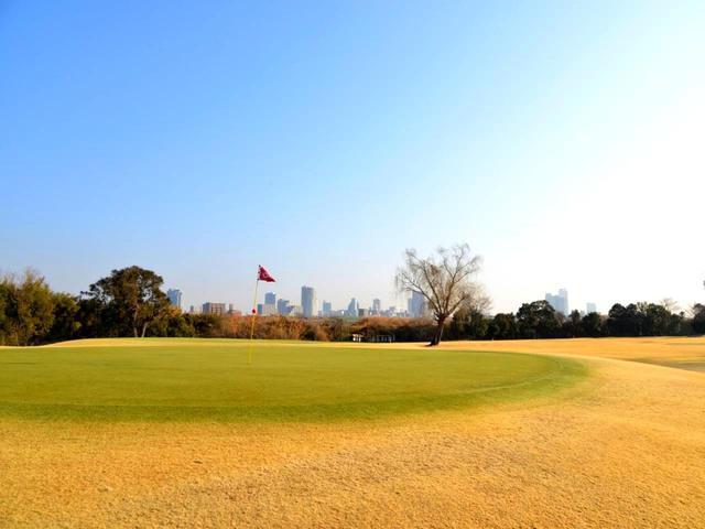 画像: 【赤羽ゴルフ倶楽部】戦前は猟場、戦後は菜園、そして景観のいいゴルフコースへ。昭和32年、設計は平山孝、富澤誠造 - ゴルフへ行こうWEB by ゴルフダイジェスト