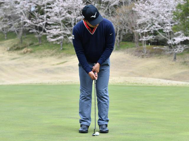 画像1: 【通勤GD】時松隆光プロを育てた異次元打法「みんなの桜美式」Vol.23 パットは右肩の動かし方で決まる ゴルフダイジェストWEB