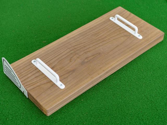 画像: お手製のまな板練習器具