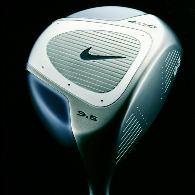 画像: 2002年に使用したドライバーはナイキの「フォージドチタン」