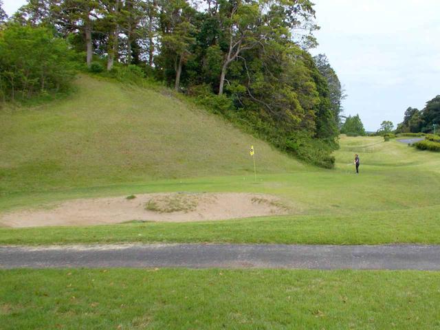 画像: 霞南ゴルフ倶楽部のアプローチ練習場