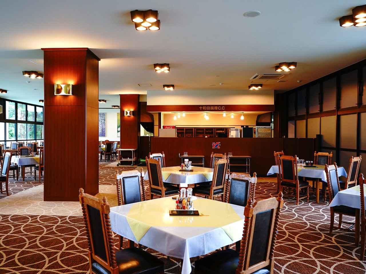 画像: レストラン。20卓