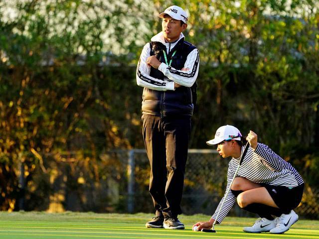 画像: 数字はスコアアップや勝ゴルフに結びつかない。大事なのは選手一人ひとりの考える力なのです(青木)